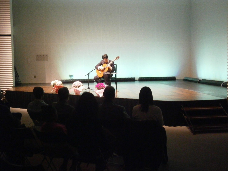 和歌山市のギター ウクレレ教室です。